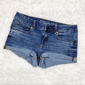 American Eagle | Dark Wash Shortie Shorts